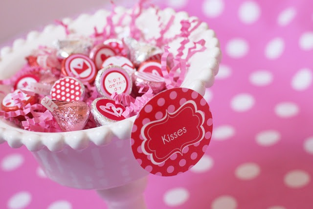 chocolate wedding box favor hershey kisses stickers labels