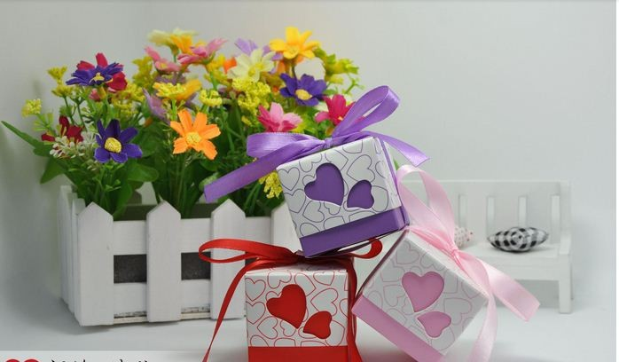 Wedding Gift Box Singapore : Square Wedding Favor Box - Berkat Kahwin Singapore